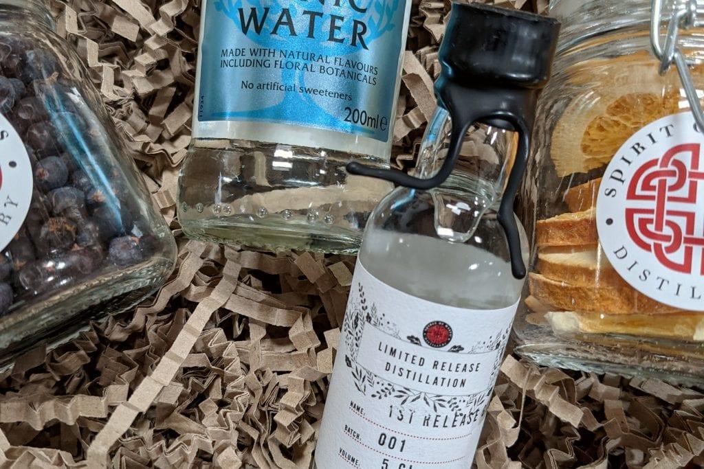Virtual tasting Welsh gin with tonic, juniper and orange botanicals